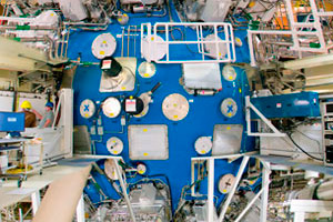 "<h3>NIF Target Chamber</h3>On March 10, 2009, at 3:15 a.m., a 192-beam laser shot delivered 1.1 million joules of ultraviolet light to the center of the target chamber&mdash;the first time any fusion laser has broken the megajoule barrier (a megajoule is the energy consumed by 10,000 100-watt light bulbs in one second).<br/><br/><a href=""content/assets/images/media/photo-gallery/large/nif-0109-15881.jpg"" target=""_blank"">Download hi-res image</a><br/><a href=""/media/photo-gallery?id=nif-0109-15881"">Direct Link</a>"