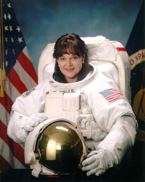 Photo of Tammy Jernigan in a NASA flight suit