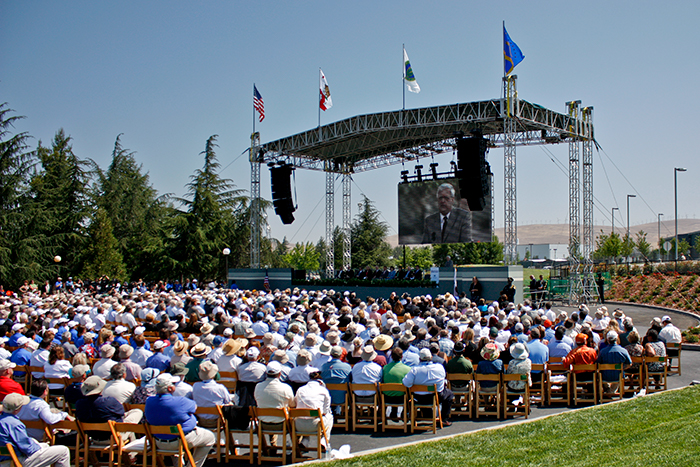 Photo of the large crowd enjoying the festivities on a sunny day during NIF's dedication ceremonies