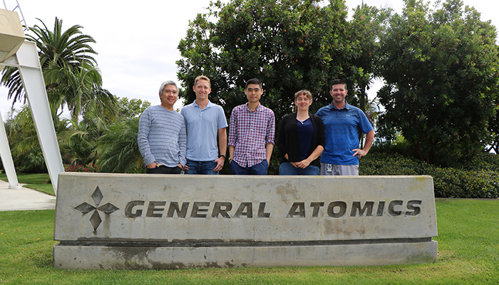 Group photo of General Atomics 2-micron fill tube team